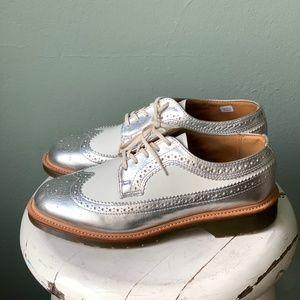 Dr. Martens Vintage MIE 3989 Brogue Wingtip Shoes
